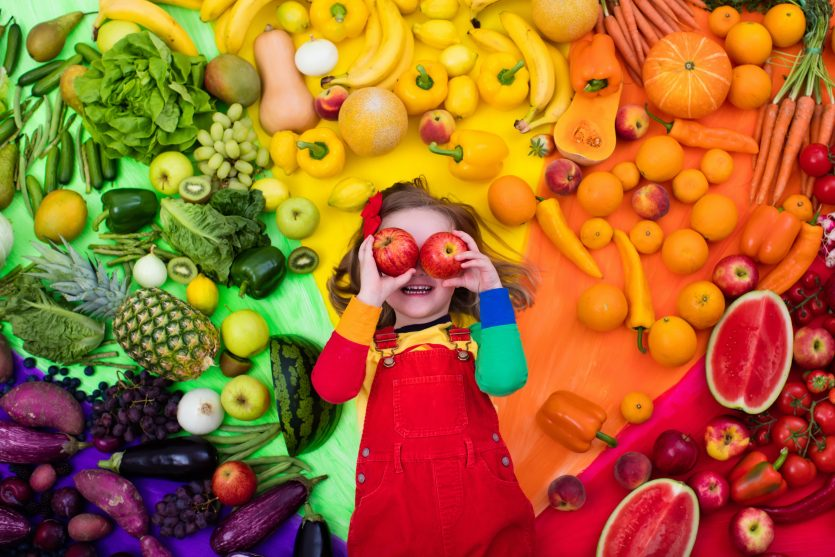 This image has an empty alt attribute; its file name is kids-and-fruit-.jpeg